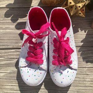 Girls splatter paint white sneakers size 13